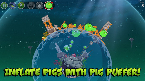 Screenshots of Angry Birds Space
